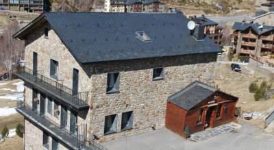 hotel roc de st miquel Youth Hostels