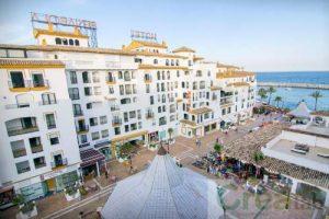 Park Plaza Suites Apartamentos Marbella