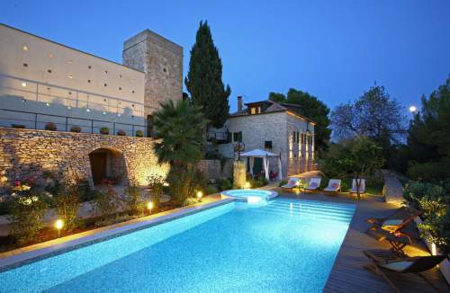 villa dojmi Group Accommodation Croatia
