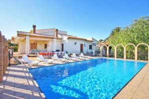 Villa Perles Group Accommodation