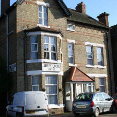 Ealing Broadway Tube Station Abbey Lodge Bed Breakfast